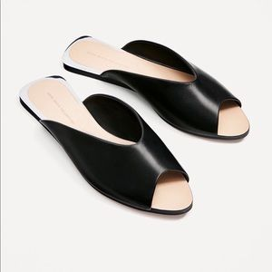 Zara Basic Collection Black Leather sandals/ mules